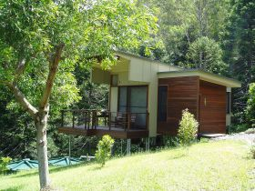 Montville Ocean View Cottages - tourismnoosa.com