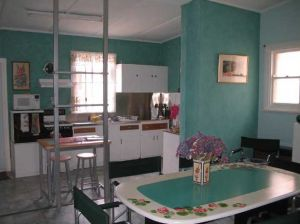 Lavender and Lace Cottage - tourismnoosa.com