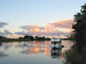 Tweed River Houseboats - tourismnoosa.com